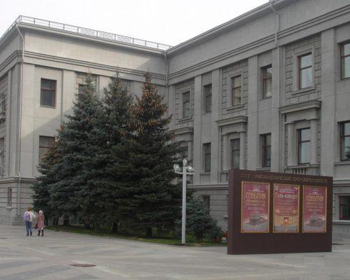 Афишная_тумба-500x400
